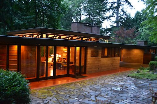 The history of underfloor heating systems underfloor for Frank lloyd wright usonian home plans